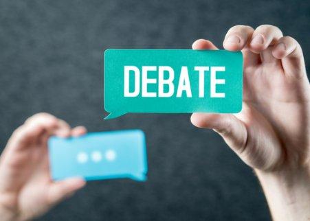 Debate en acción